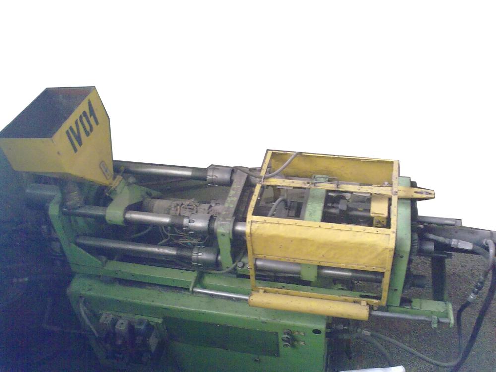 masina de injectie presa mase plastice quasy 65g