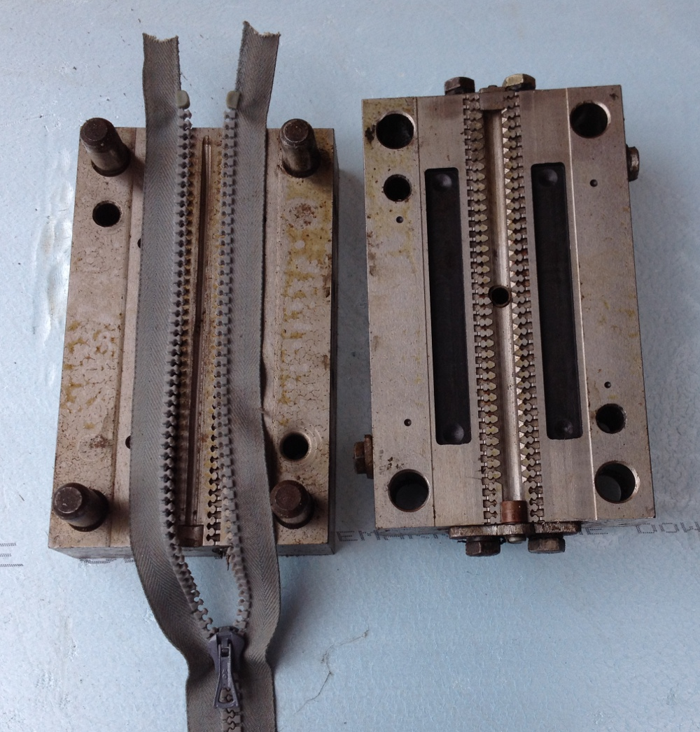 matrita fermoar i12, zippers injection molds